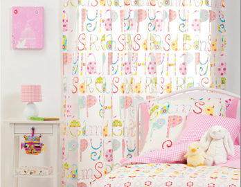 4 Things to Consider When Choosing Kids Room Curtains